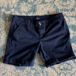 Super cute American Eagle navy shorts